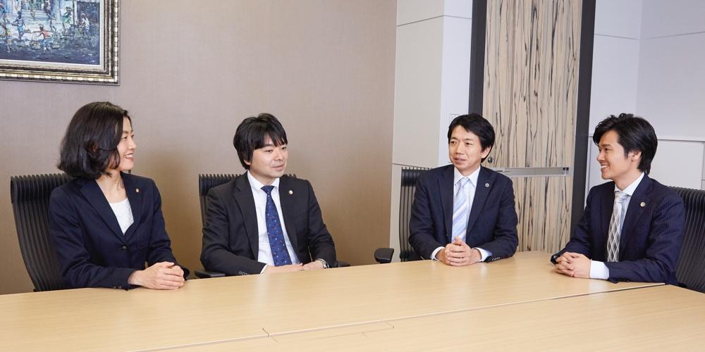福岡事務所座談会風景