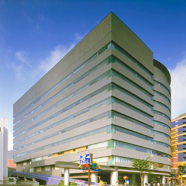 福岡事務所のビルの写真